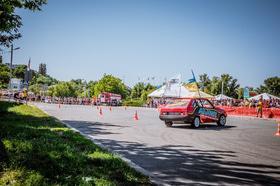 Фото 23 - Национальные соревнования по автослалому – Черкассы (День города 2015)