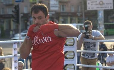 """Боксерский ринг в центре Черкасс (открытая тренировка """"K2 Promotions Ukraine"""") - фото 2"""