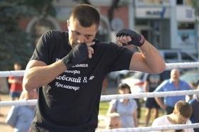 Фото 7 - Боксерский ринг в центре Черкасс (открытая тренировка 'K2 Promotions Ukraine')