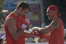 Фото 13 - Боксерский ринг в центре Черкасс (открытая тренировка 'K2 Promotions Ukraine')