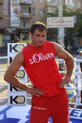 Фото 23 - Боксерский ринг в центре Черкасс (открытая тренировка 'K2 Promotions Ukraine')