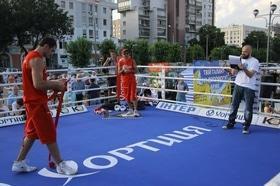 Фото 38 - Боксерский ринг в центре Черкасс (открытая тренировка 'K2 Promotions Ukraine')
