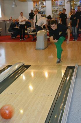 Фото 38 - Корпоративный турнир по боулингу