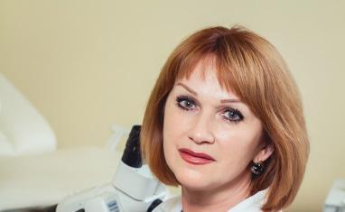 Латиш Ольга Олександрівна – лікар гінеколог дитячого та підліткового віку. Гінеколог ЦПС (центру планування сім'ї). Вищої категорії. Стаж 30 років.
