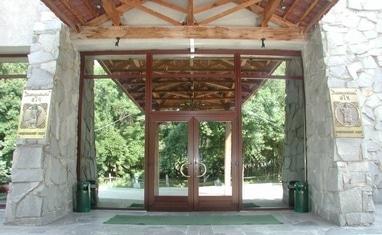 ТОВ Арка-плюс - Нестандартные окна и двери из ПВХ (Пластиковые) - фото 1