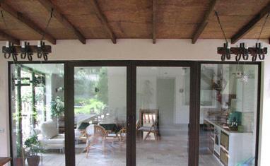 ТОВ Арка-плюс - Раздвижные окна и двери, гармошки - фото 1