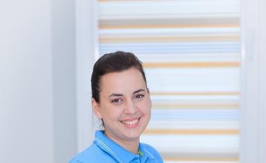 Ахрамчук Тамара В'ячеславівна – лікар-ортодонт