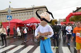 Фото 1 - Полумарафон 'New Run 2017' в Черкассах