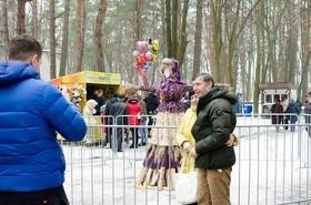 Фото 38 - Празднование Масленицы в парке 'Сосновый бор'