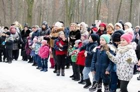 Фото 1 - Празднование Масленицы в парке 'Сосновый бор'