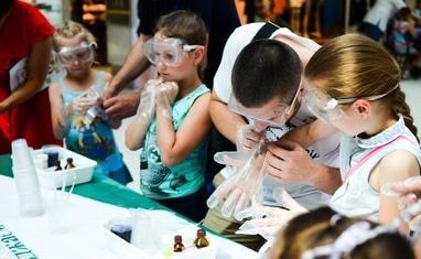 Студия Экспериментов 4D - Химическая шоу-программа ко Дню отца - фото 1
