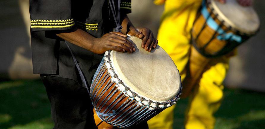 Фото 2 - Черкасщанам предлагают заняться афротанцами