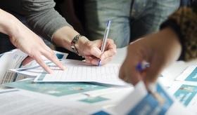 Стаття 'Йдемо вчитися: курси та навчальні програми у Черкасах'