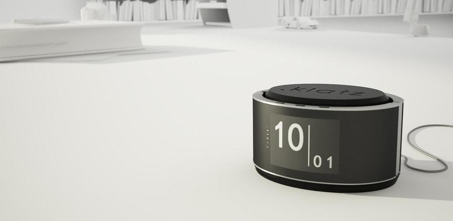 Фото 2 - За функціоналом нотифікацій наш розумний браслет нагадує Pebble, за голосовим зв'язком – E-Dialer