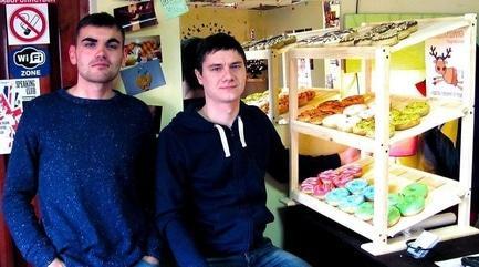 Статья 'Стартап: в Черкассах появилась лавка с американскими пончиками'