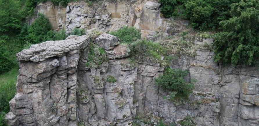 Фото 1 - Буцкий каньон (фото – http://photo.i.ua/user/3538300/219790/)