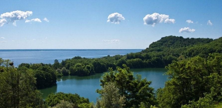 Озеро Бучак (фото invtur.com.ua)