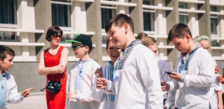 Фото 2 - В Черкассах шествие в вышиванках организовывают несколько лет подряд
