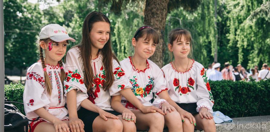 Фото 4 - В Черкассах шествие в вышиванках организовывают несколько лет подряд