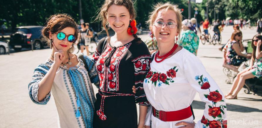 Фото 7 - В Черкассах шествие в вышиванках организовывают несколько лет подряд