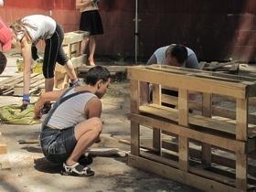 Статья 'Черкасщане принялись изготавливать уличную мебель'
