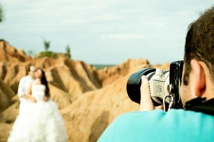 'Топ-7 необычных фотомаршрутов: удачные места для свадебной съемки'