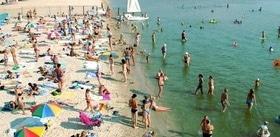 Статья 'Все на пляж: где в Черкассах можно безопасно купаться и загорать?'