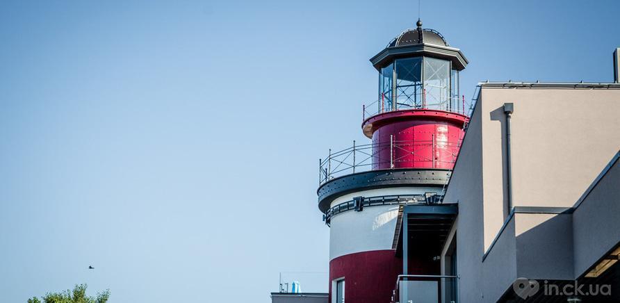 """Фото 4 - """"Faro del Porto"""" на черкаському пірсі"""