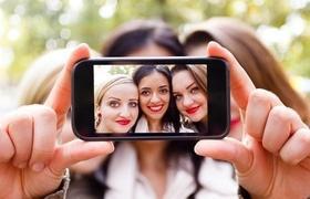 Статья 'Вопрос дня: как красиво выглядеть на фото'