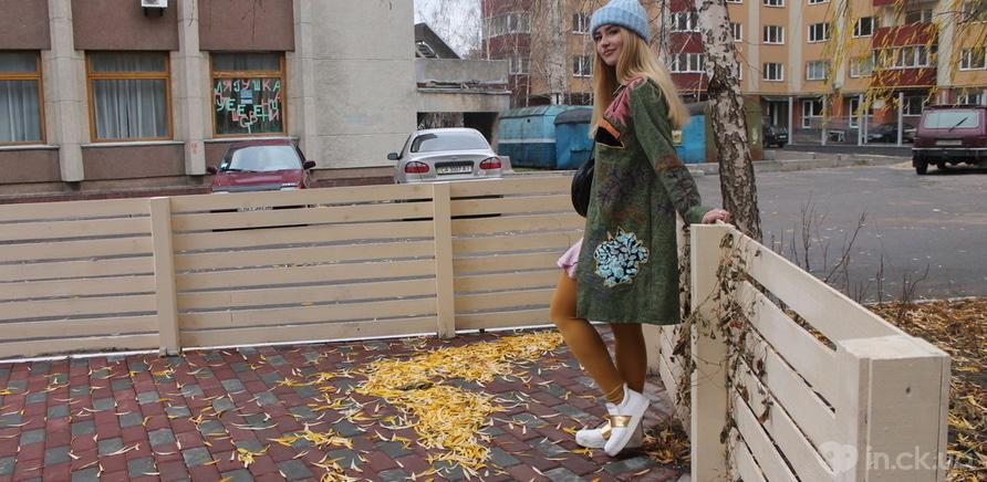 Фото 1 - В об'єктиві: стильні черкасці на вулицях міста