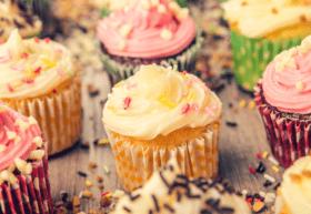 Стаття 'Смачні маршрути: де замовити солодощі у Черкасах?'