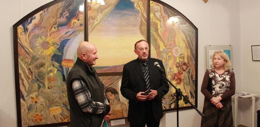 'Черкасщанам представили выставку одной картины'