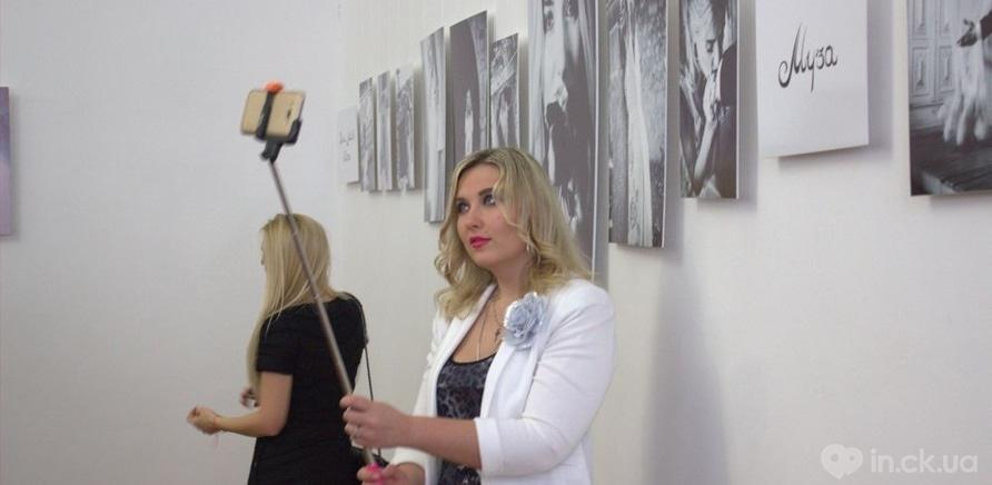 Фото 5 - Известная певица Ольга Горбачева презентовала черкасщанкам фотовыставку