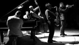 Статья 'Свободная музыка в свободном городе: в Черкассах состоялся традиционный джаз-фест'
