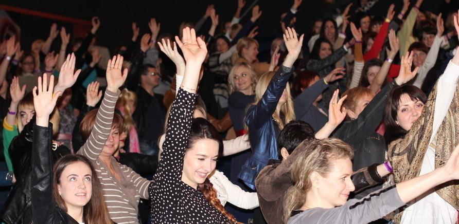 """Фото 1 - Светлана Вольнова рассказала о сексуальности на фестивале """"KRASAVAfest"""" в Черкассах"""