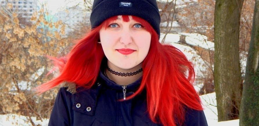 Смелое решение: черкасщанки с необычным цветом волос и прической