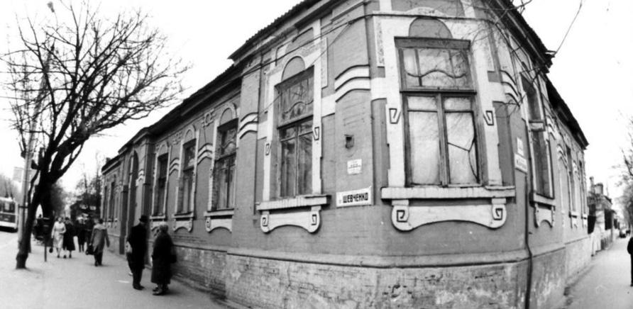 Декомунізація по-черкаськи: історії нових назв вулиць
