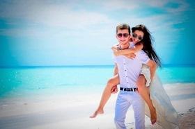 Статья 'Где провести медовый месяц: лучшие направления для путешествия'