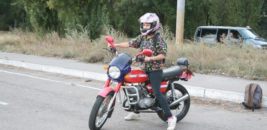 Мотодрайв: черкасщанки за рулем байков