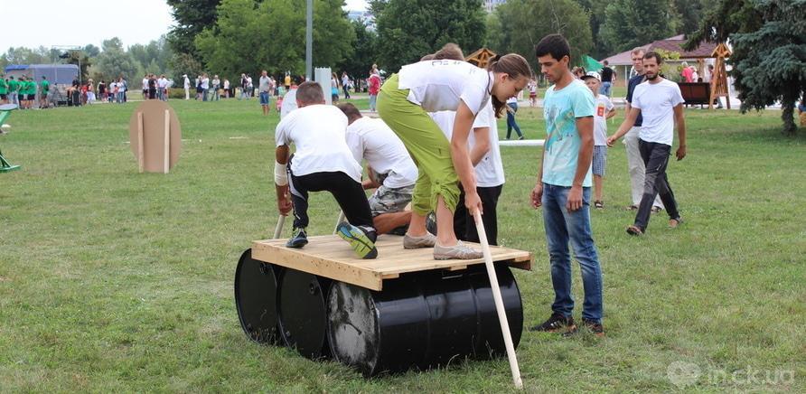 Фото 1 - День Независимости: как прошел первый фестиваль тимбилдинга в Черкассах