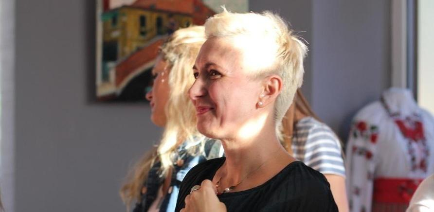'Відома черкаська художниця показала публіці свої 'Прояви''