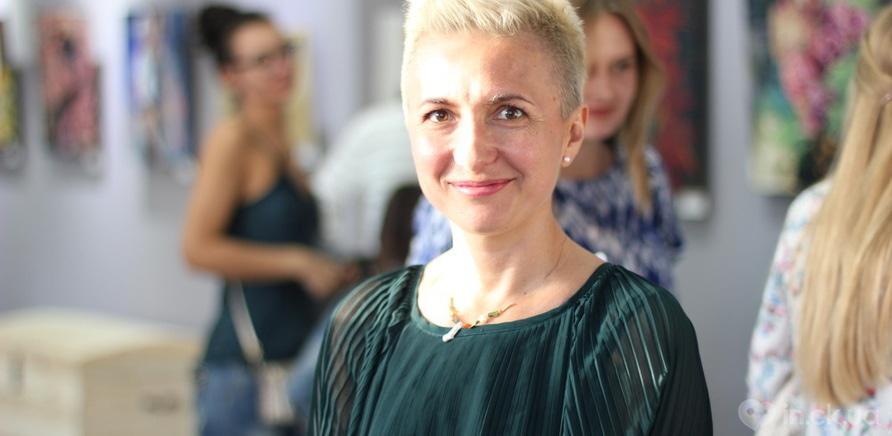 """Фото 12 - Відома черкаська художниця показала публіці свої """"Прояви"""""""