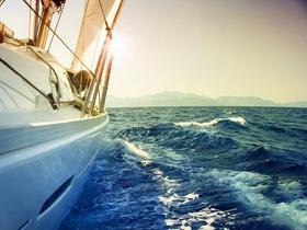 Статья 'Разместился на сайте – получил прогулку на яхте!'