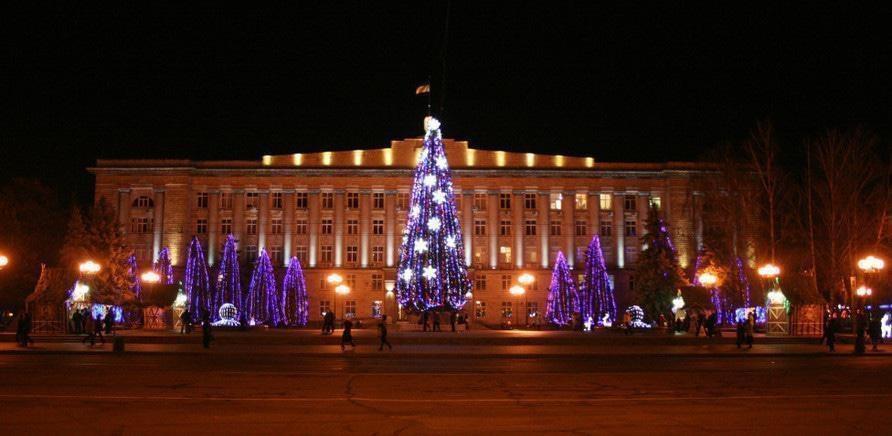 'Новогоднюю елку в Черкассах украсят на 400 тысяч гривен'
