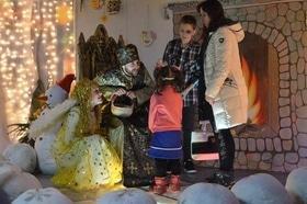 Стаття 'Двері в казку: резиденція Святого Миколая відкрилася в Черкасах'