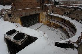 Статья 'Черкасский областной театр все еще без крыши'