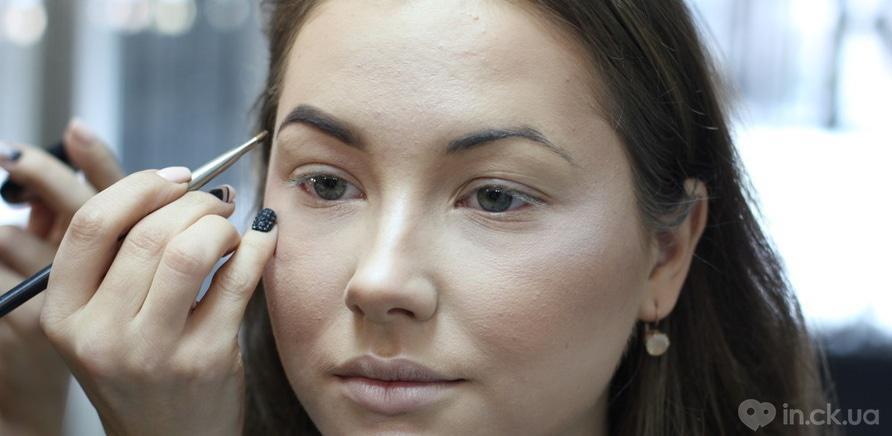 Фото 6 - Красота спасет мир: как скульптурирование меняет форму лица?