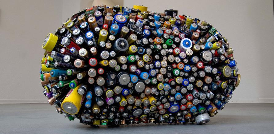 Куда в Черкассах сдать отработанные батарейки и лампы?