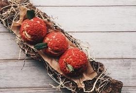 Статья 'Сладкая жизнь: лучшие авторские десерты черкасских ресторанов'