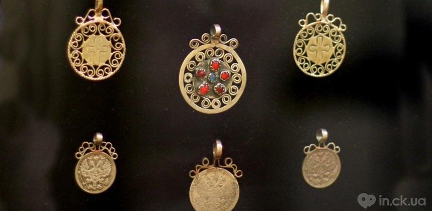 Фото 7 - Старинные женские украшения